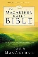 NKJV MacArthur Daily Study Bible: Paperback