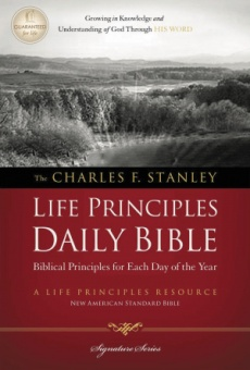 NASB Charles F. Stanley Life Principles Daily Bible: Paperback