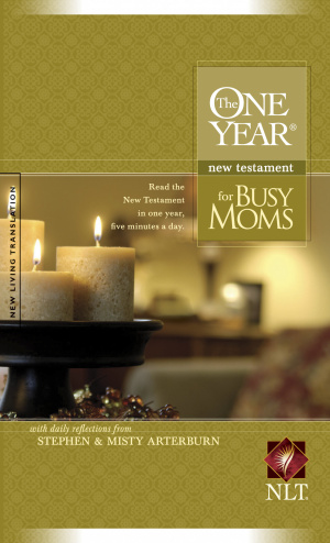 NLT One Year New Testament for Busy Moms: Paperback