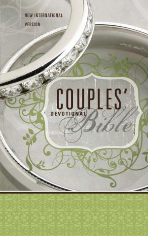 NIV Couples' Devotional Bible: Hardback