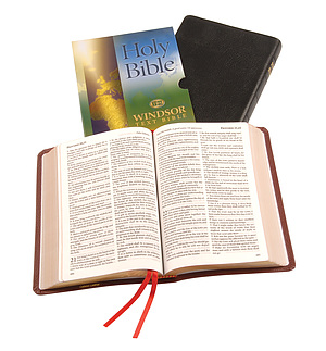 KJV Text Bible: Burgundy, Calfskin,