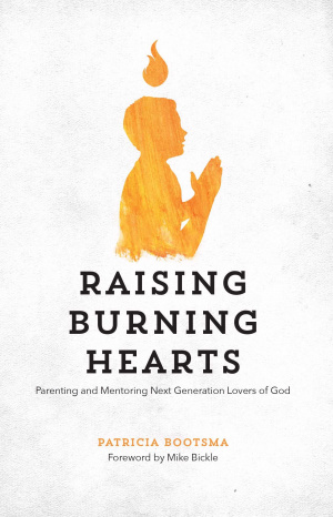 Raising Burning Hearts Paperback