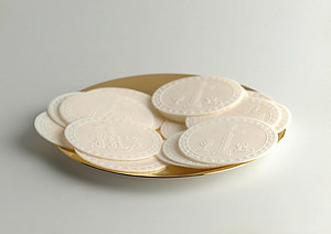 Priests Altar Bread Sealed Edge Mixed Designs - White - Pack of 50