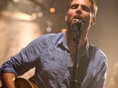 Acoustic Worship - stripped down and up close