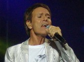 Sir Cliff To Perform For The Queen
