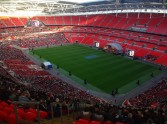 32,000 Christians Pray and Worship at Wembley